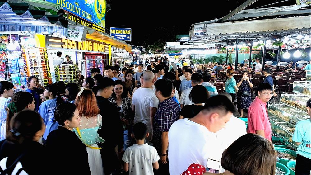Khách du lịch Phú Quốc tăng trưởng ấn tượng ngay cả thời điểm dịch Covid bùng phát